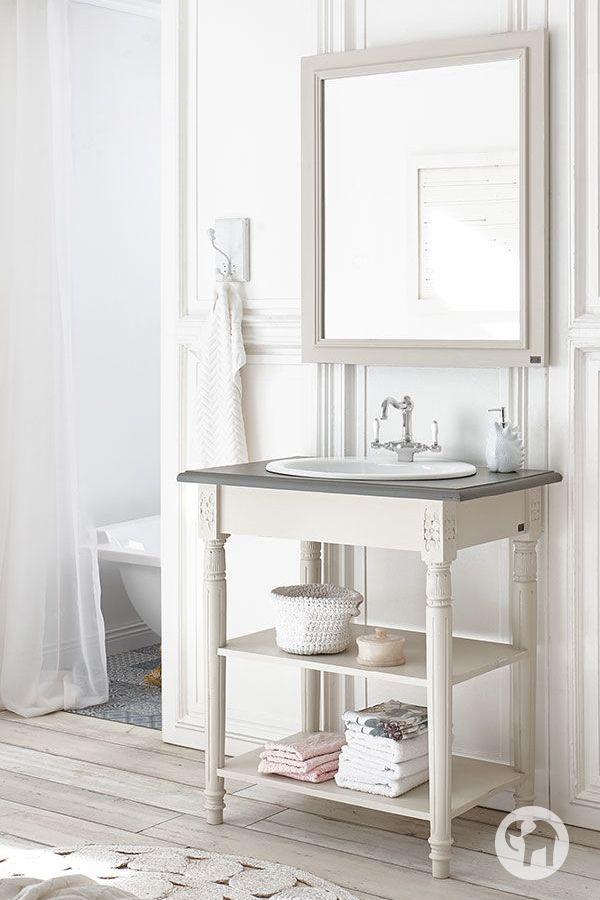 Der Charme Französischer Landhausmöbel überzeugt Jetzt Auch Im Badezimmer!  Neben Klassikern Wie Weiß Und Schwarz Hält Die Fu2026 | Pinterest