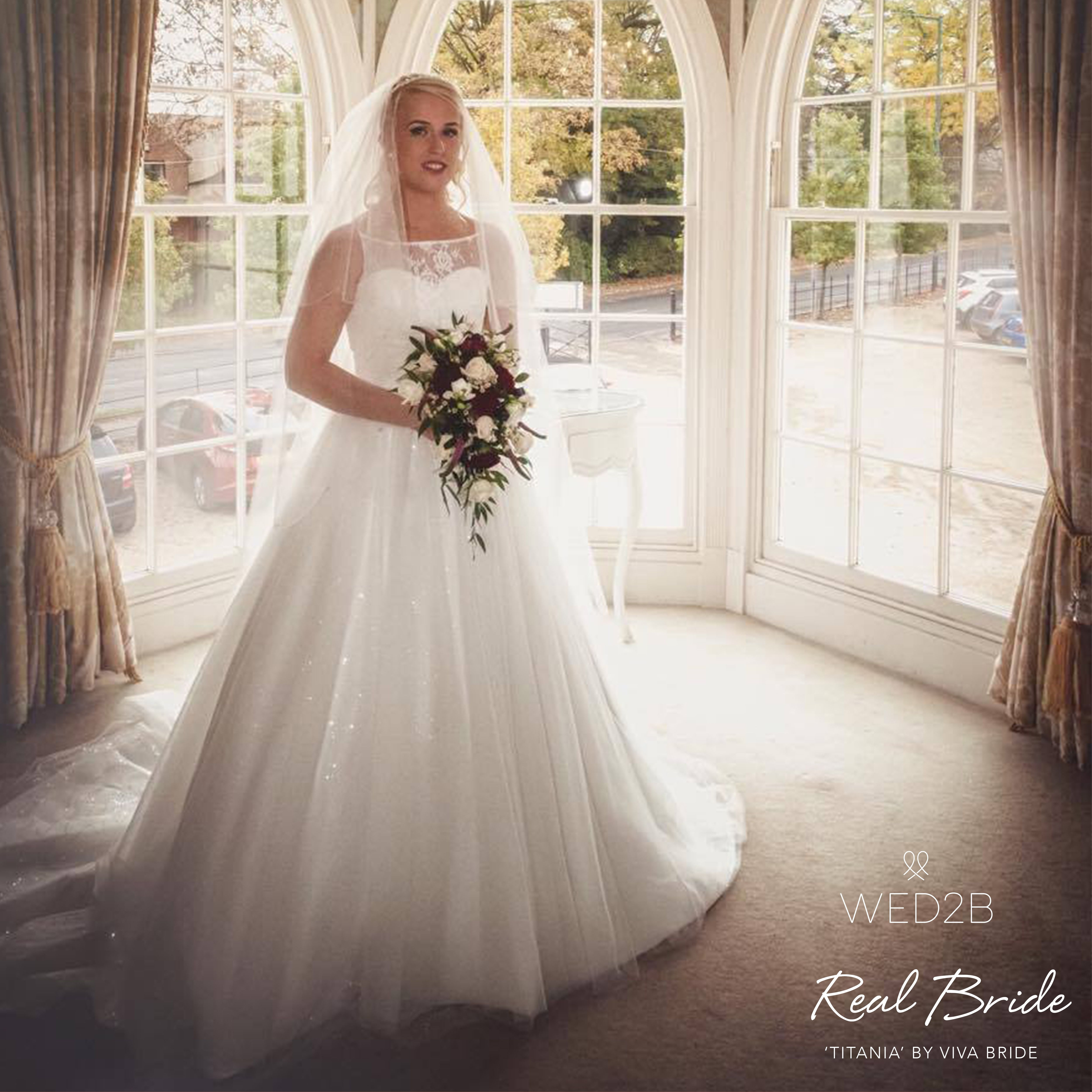 Real Brides Wed2b: We Love This Photo Of Real Bride Beckiee Who Looks