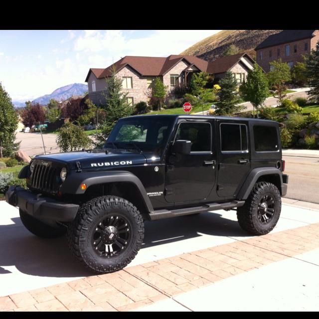 Jeep Rubicon My Next Vehicle It Can Be A Mommy Mobile Right Dream Cars Jeep Jeep Rubicon Dream Cars