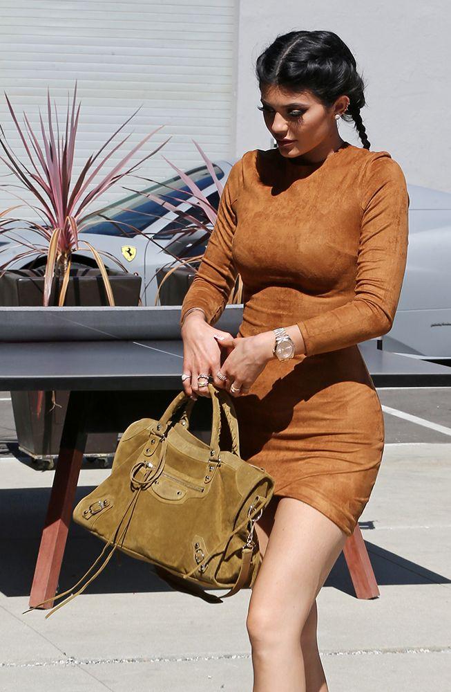 Kylie-Jenner-Balenciaga-Suede-City-Bag  d01226fcaad14