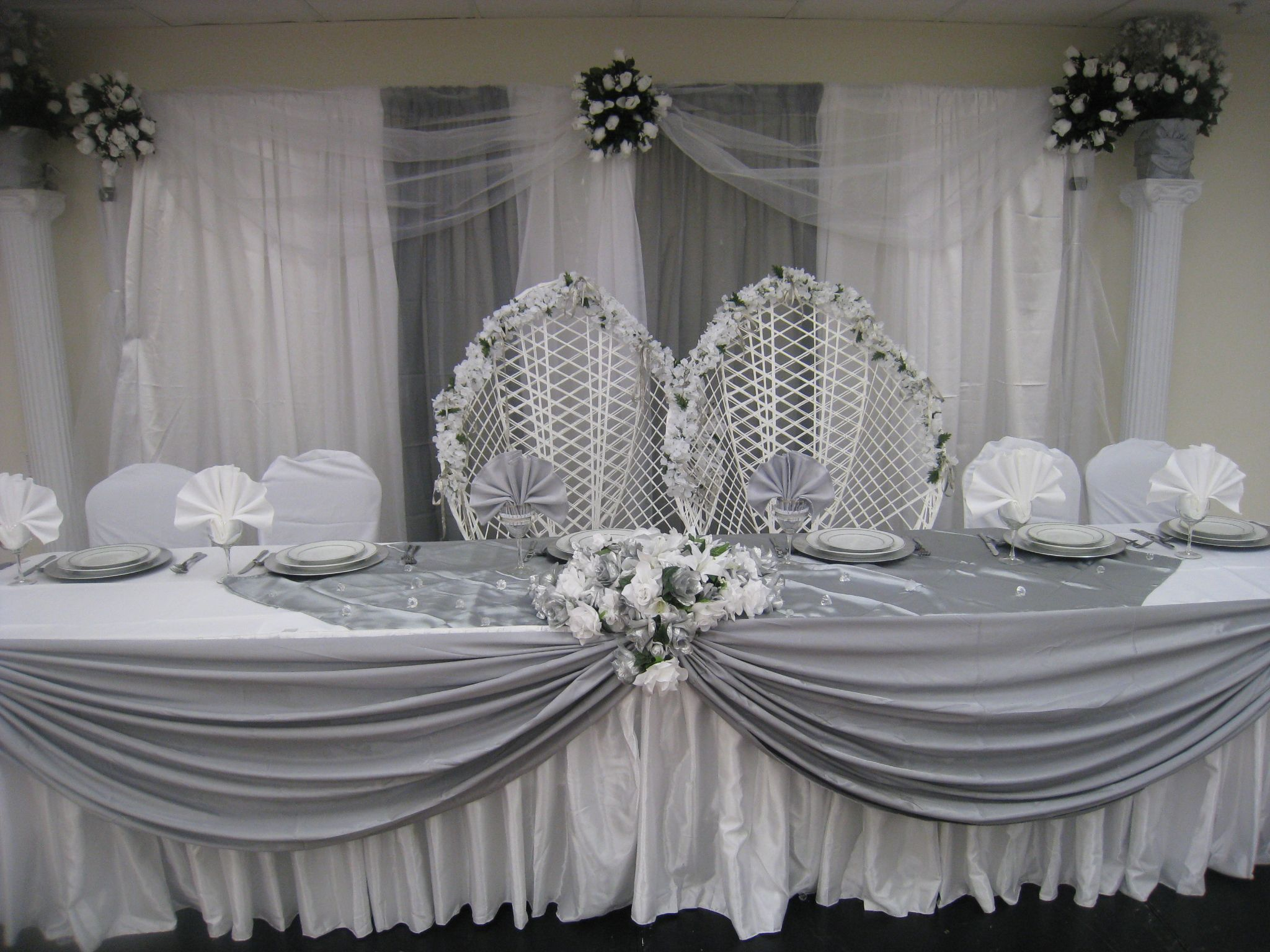 A Simple High Table And Backdrop Decoration We Did Silver Themed Wedding For Budget