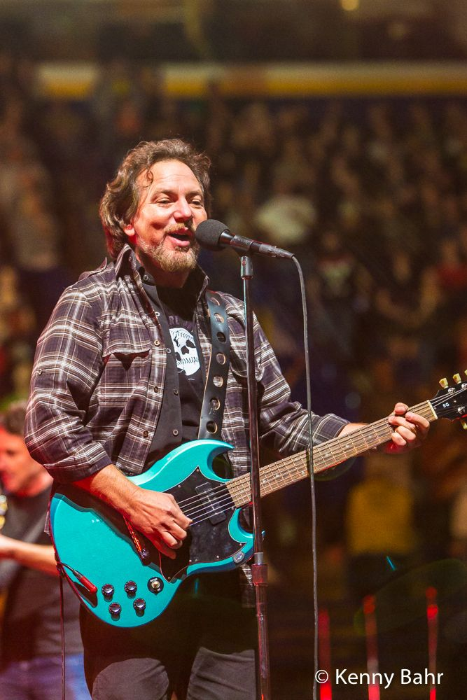 Pearl Jam at Scottrade Center in St. Louis, MO Oct 3 2014 » KFB Photography