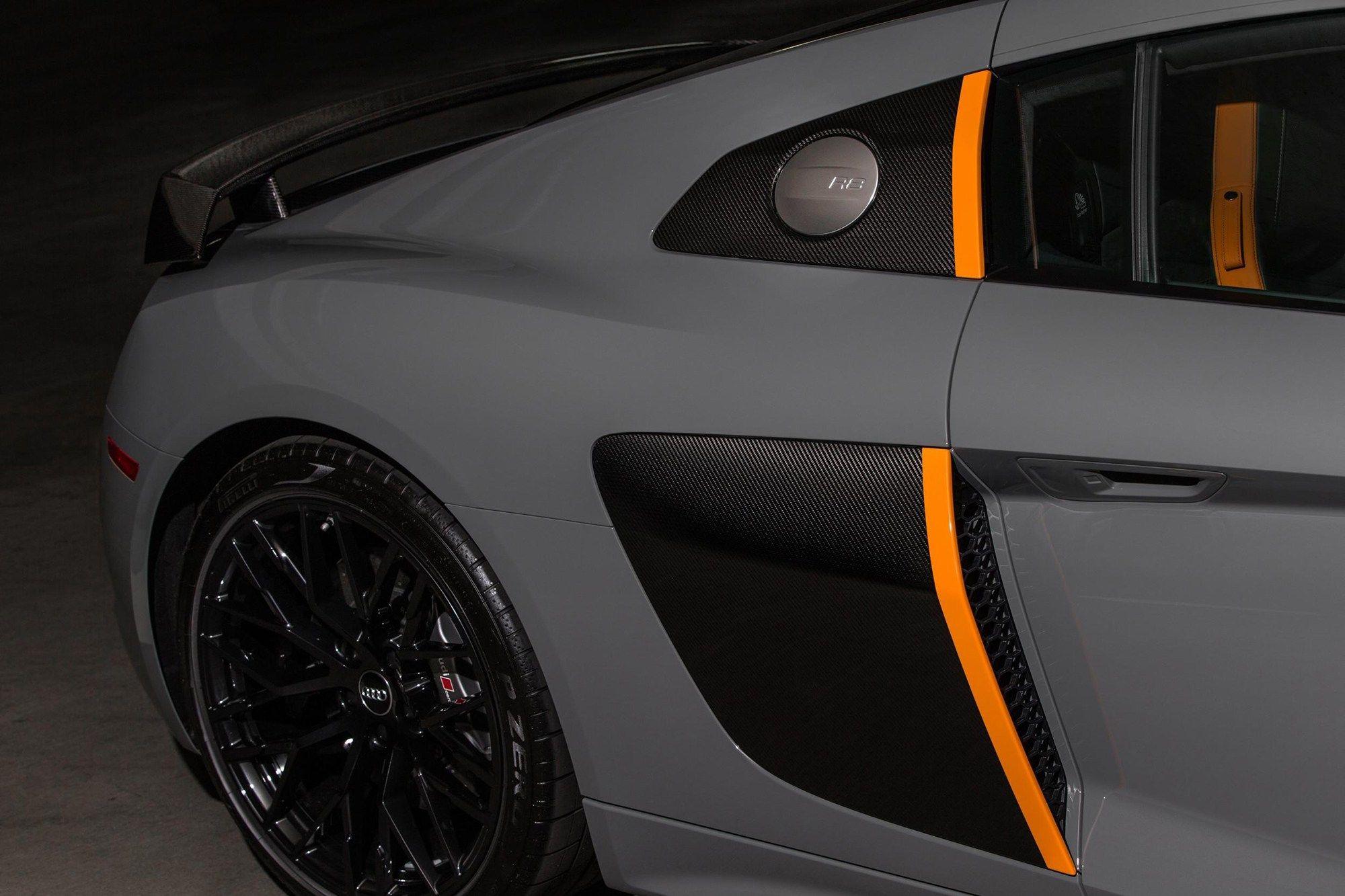 Audi R8 V10 Plus Exclusive Grey Pictures