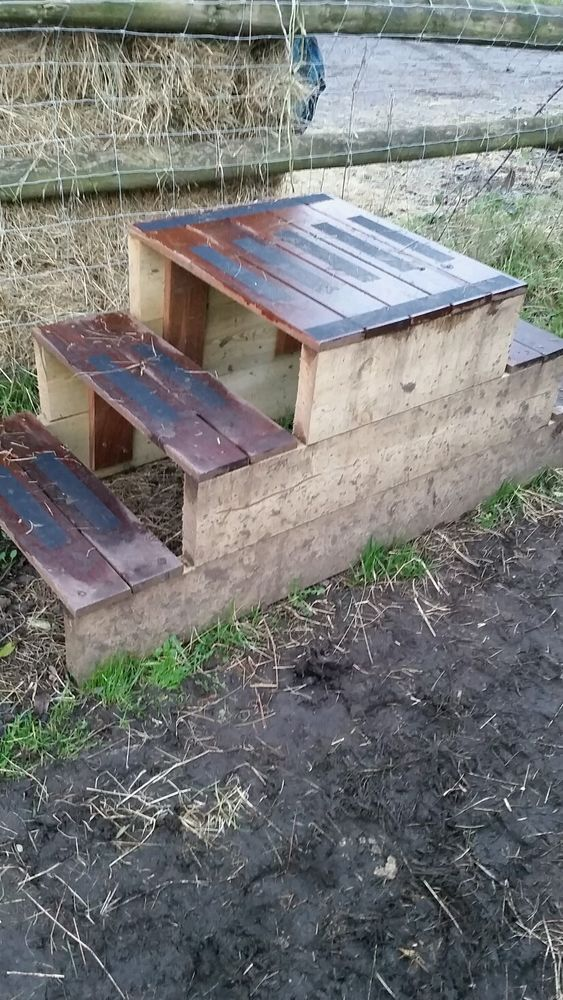 Quality Wooden Mounting Block Hand Made Rot Resistant And Safe