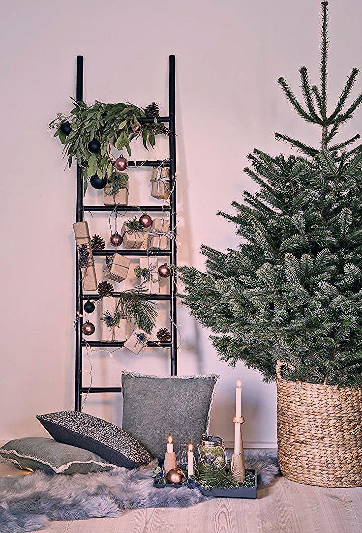 So funktioniert der Look »Nordische Weihnachten«: Deko-Leitern lehnen voll im …