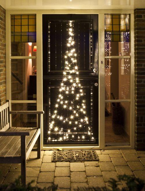 kerstverlichting buiten fairybell buitenverlichting voor aan de deur in de vorm van een kerstboom met led lampjes meer kerstboomverlic