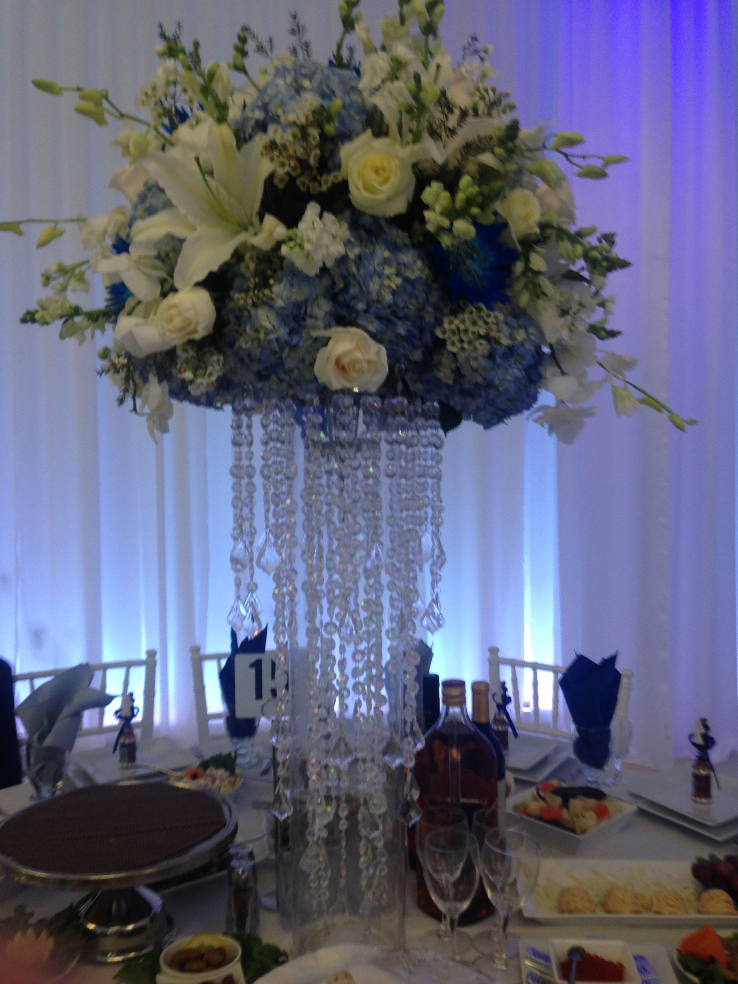 went to a wedding and the center pieces were gorgeous
