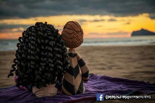 fofuchos enamorados, viendo un hermoso atardecer en la playa!