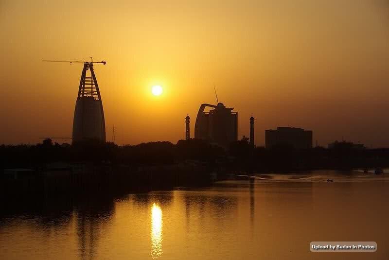 Golden Sunset On The Nile Khartoum غروب ذهبي علي النيل الخرطوم Http Flic Kr P Ojmamh Sudan Khartoum Nile Sunset Photo Original Artwork Outdoor