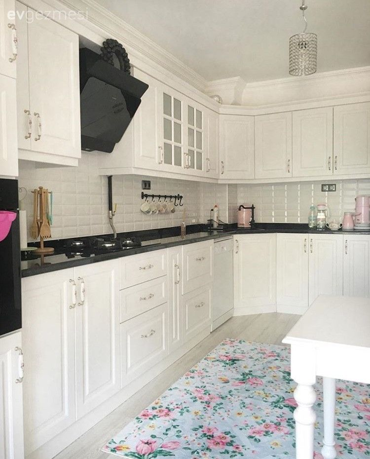 Gizem hanımın dekoru yeni tamamlanan aydınlık ve ferah evi.. #kitchenfurniture