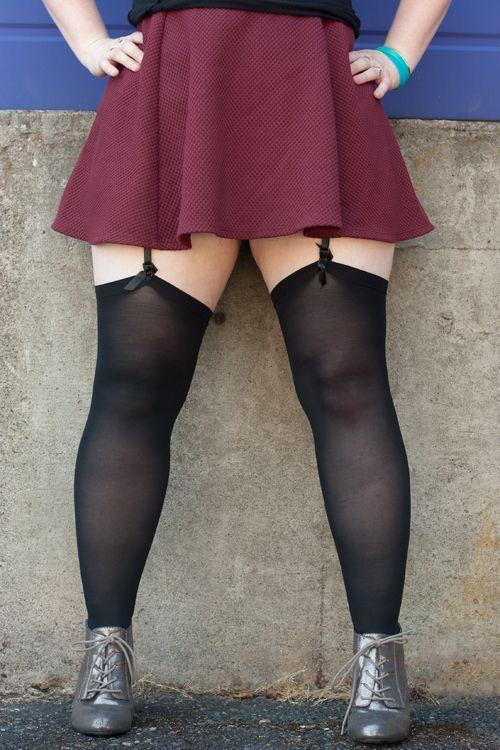 e16b1d96e8607 Opaque Curvy Stockings | stockings n sox | Curvy stockings ...