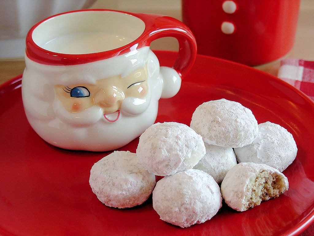 Russian Teacakes by WickedGoodKitchen.com #glutenfree #Christmas ...