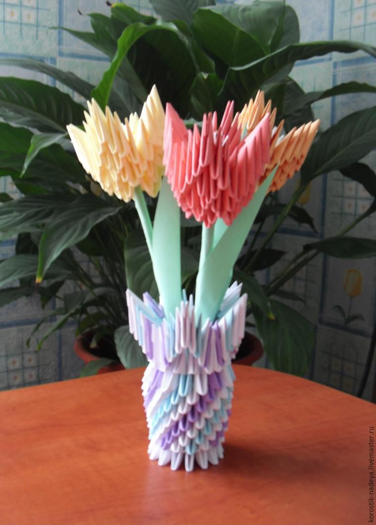 How To Make A Vase Of Tulips In The Art Modular Origami Fair