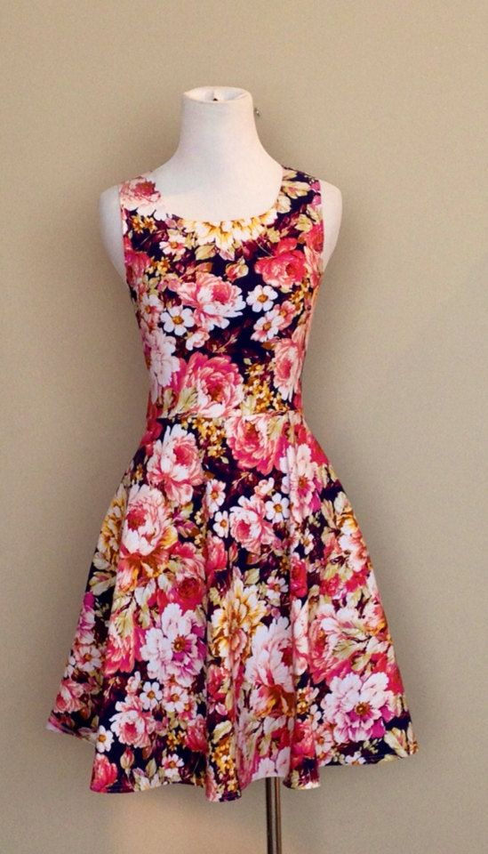 Hey, I found this really awesome Etsy listing at https://www.etsy.com/listing/215382961/floral-sundress-navy-floral-fit-and