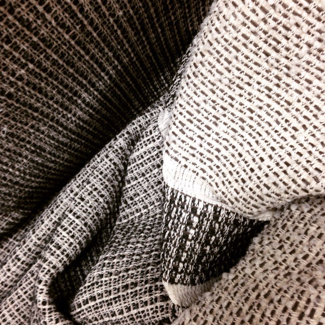 Lanificio Leo. Fabric from Lab collection