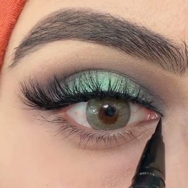 Beautiful Eye Makeup <3  By: @ooh_lalamakeup #fun #teenchoice #girllife #girlboss #fashionlook #funny #fashion #fashiongirls #funnypics #girlworld #funnyaf #teen #teens #teenagers #fashionista