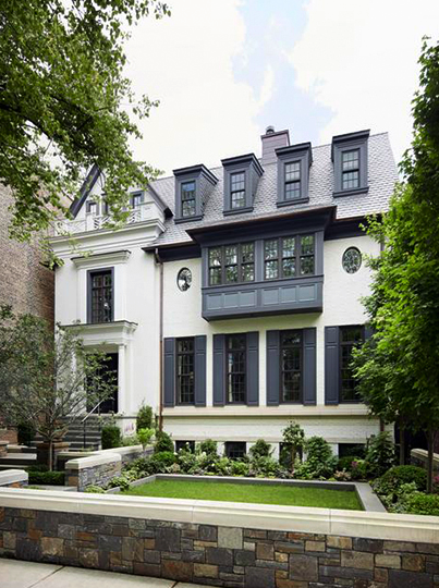 The White House My Favorite Exterior Paint Combinations La Dolce Vita Exterior Paint Combinations House Paint Exterior House Exterior