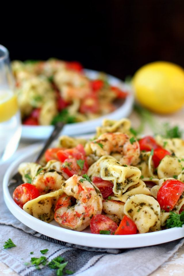 Easy Pesto Shrimp Tortellini Salad #quickeasydinners
