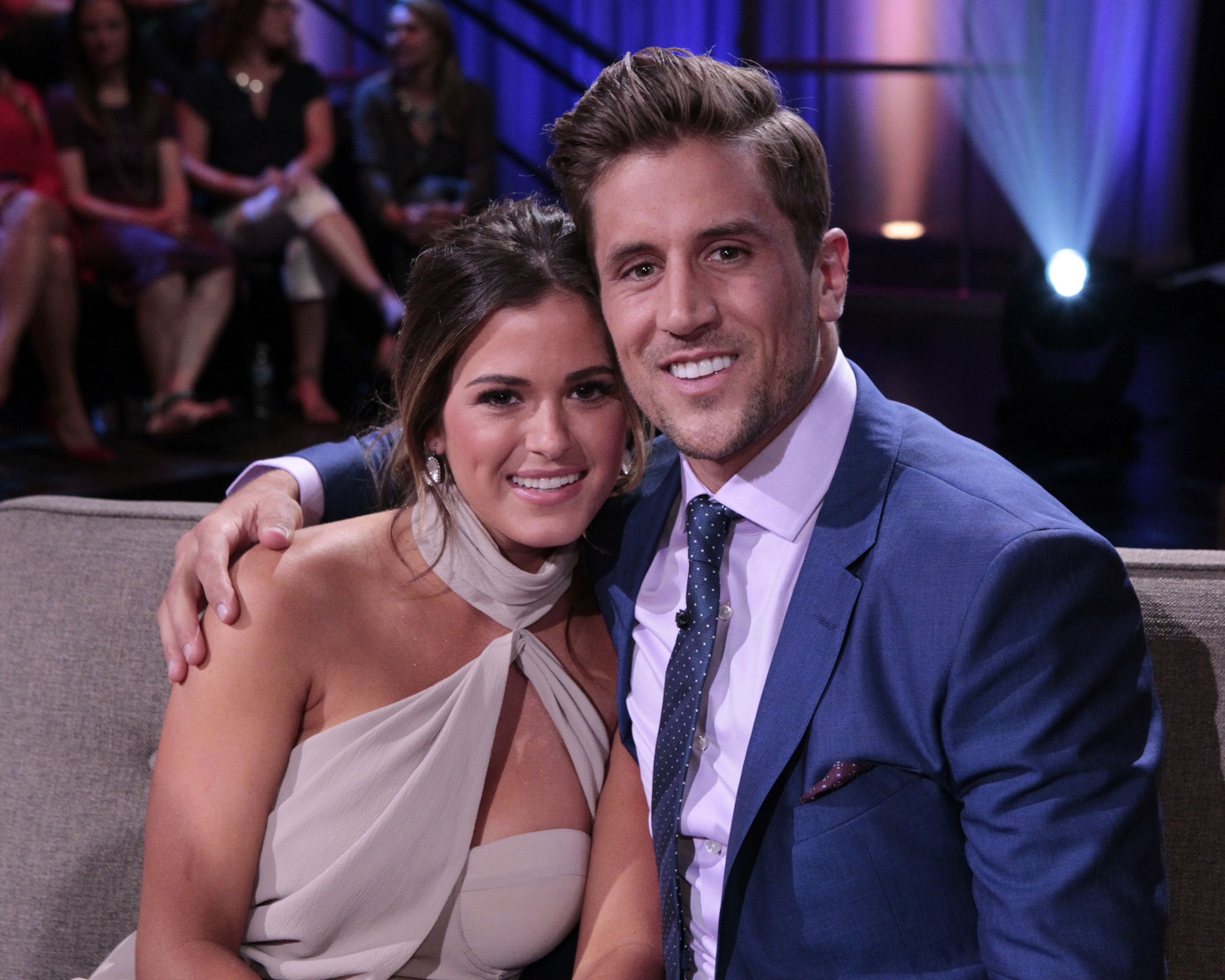 Jojo Fletcher And Jordan Rodgers Celebrate One Year Together Jordan Rodgers Jojo Fletcher Jojo And Jordan