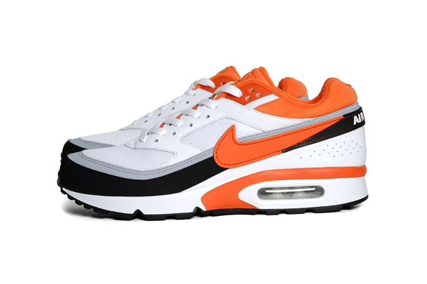 Nike Air Classic BW 'White/Team Orange   Nike schoenen ...
