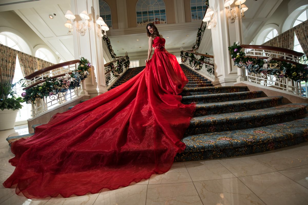 Just in time for the holidays, this Walt Disney World bride shows ...