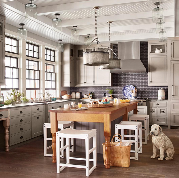 Elegant Kitchen island with Dining Table