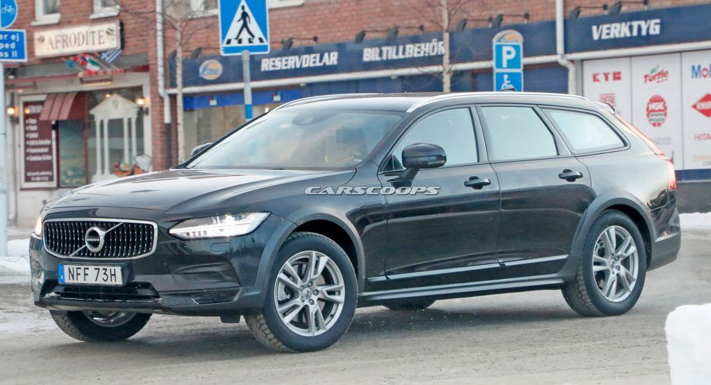 2021 Volvo V90 Cross Country Prototype Gets By With Limited Camouflage Volvo Cross Country Volvo Models