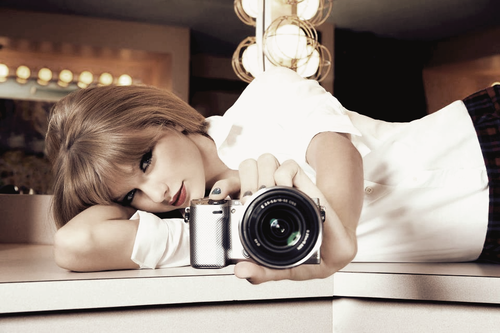 Nice, I wonder if Taylor swift is in front of a mirror...