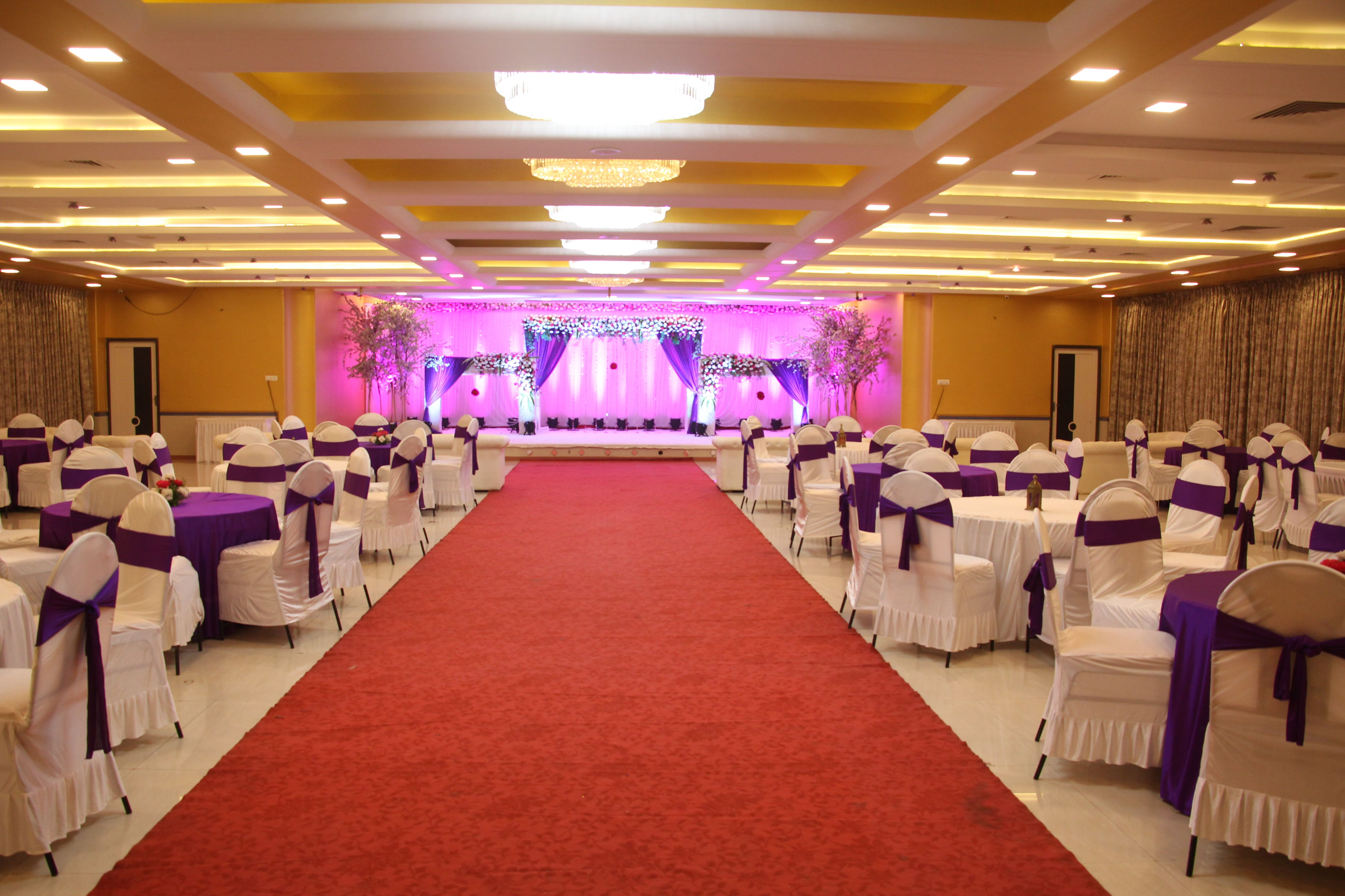 Https Weddingz In Mumbai Hotel Blossom Thane East Banquet Hall Wedding Banquet Hall Party Hall