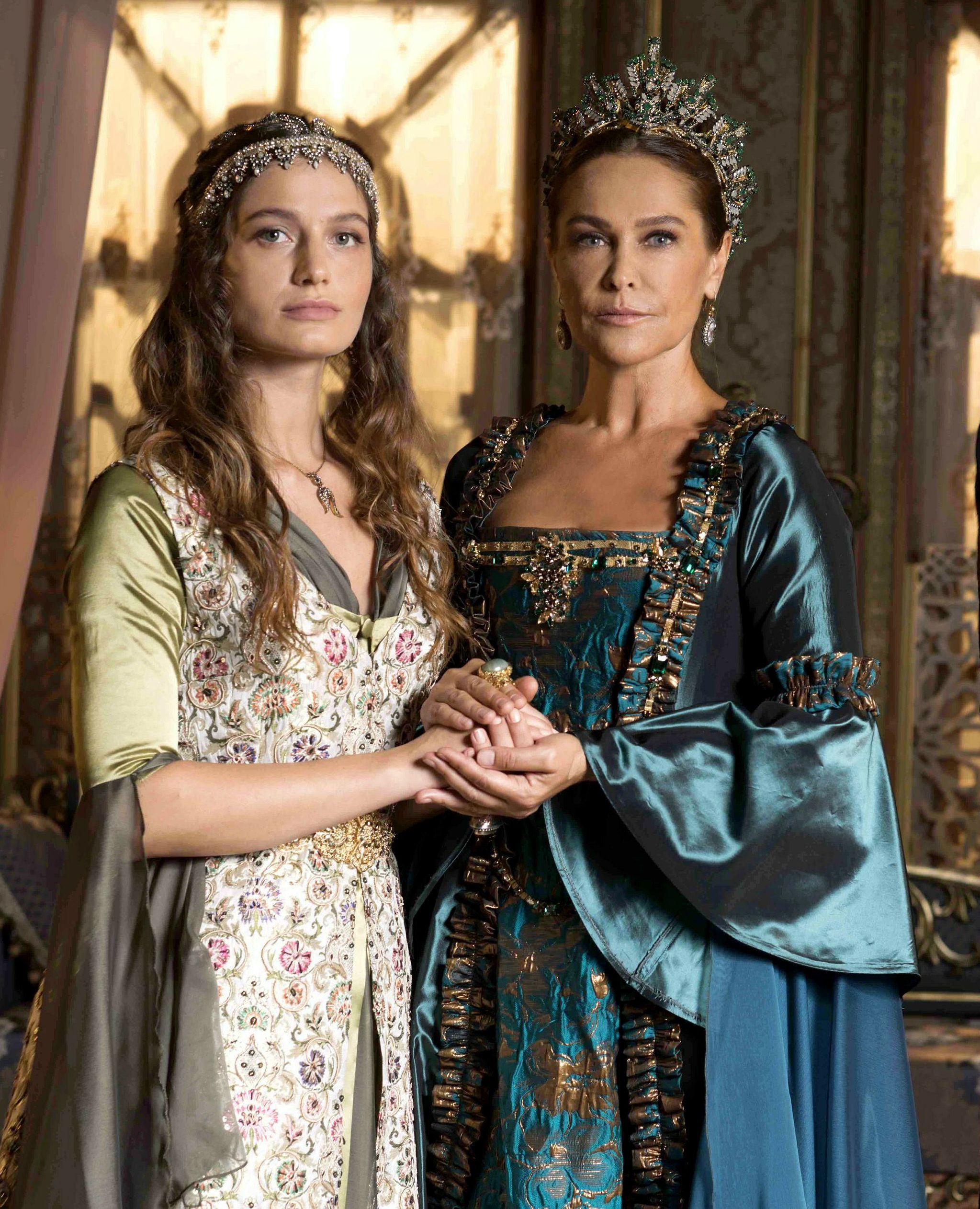 Safiya Sultana And Princess Fahriya Cosplay Outfits Historical Fashion Historical Dresses