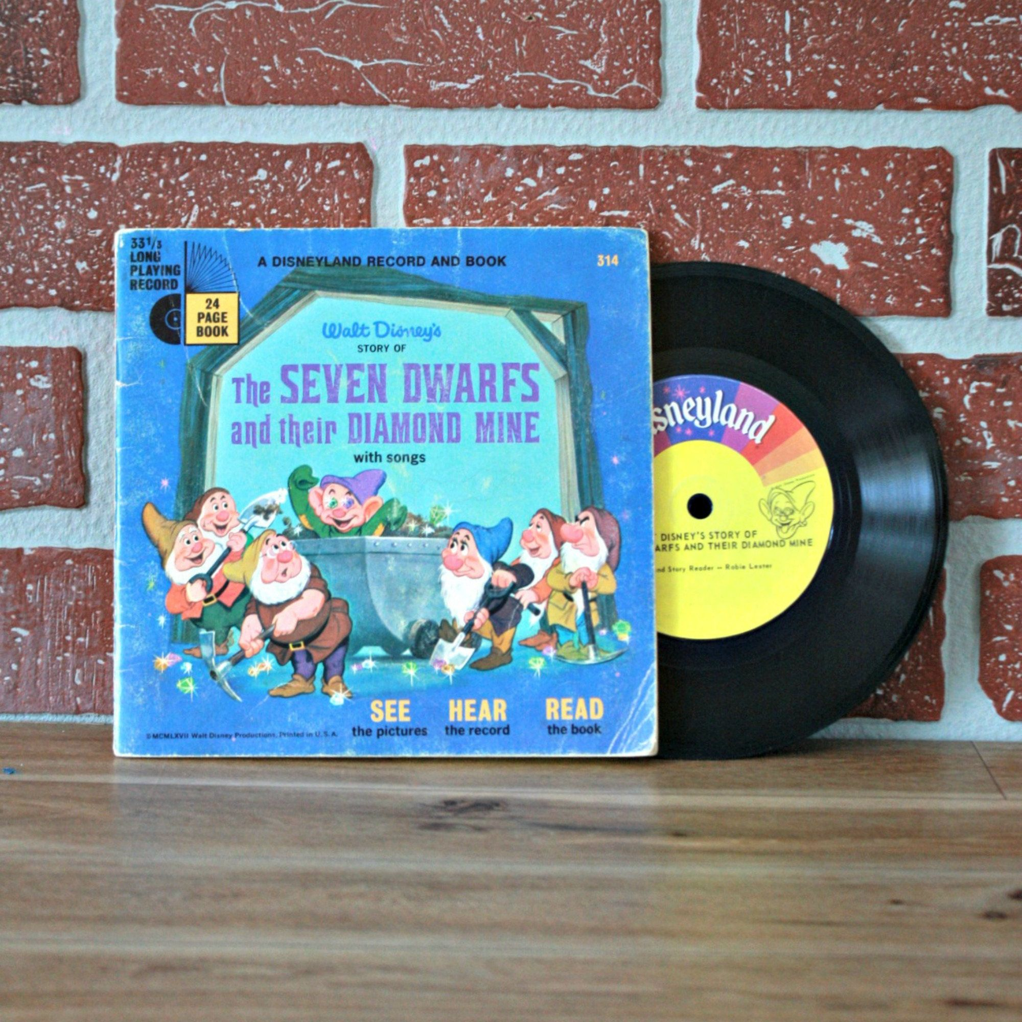 Livre De Les 7 Nains De Disney 1967 Blanche Neige Livre