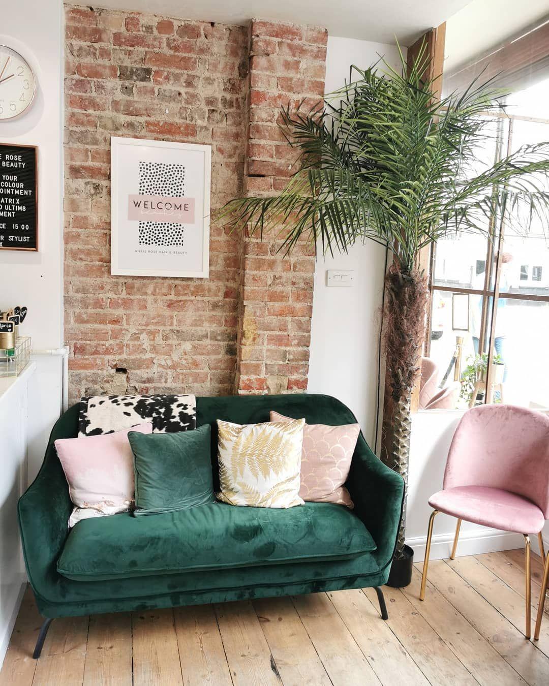 Sofá verde 35 salas sofisticadas e estilosas com a peça