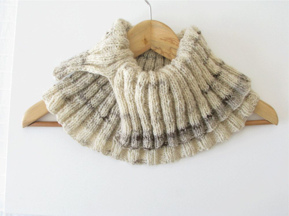 wool knitted cowl, earth tones circular scarf | Bufandas | Pinterest ...
