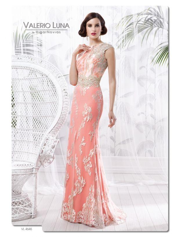 Foto 27 de 44 Elegante y entallado vestido largo con cintura ...