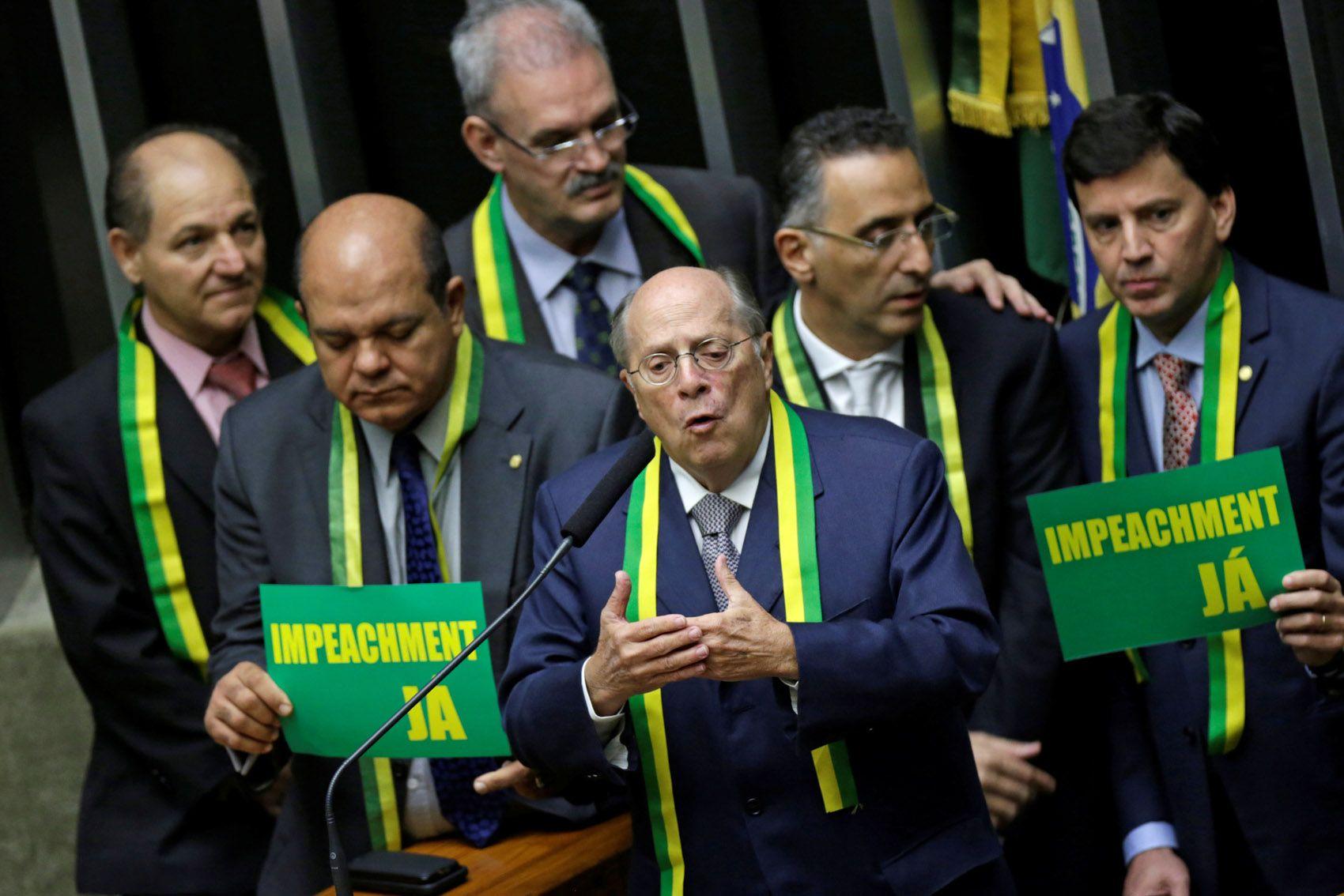 15/04 - Jurista Miguel Reale Jr. no plenário da Câmara dos Deputados, em Brasília