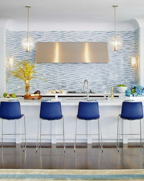 Kuechenrueckwand Ideen Mosaikfliesen Blaue Barhocker Kuche Mobel