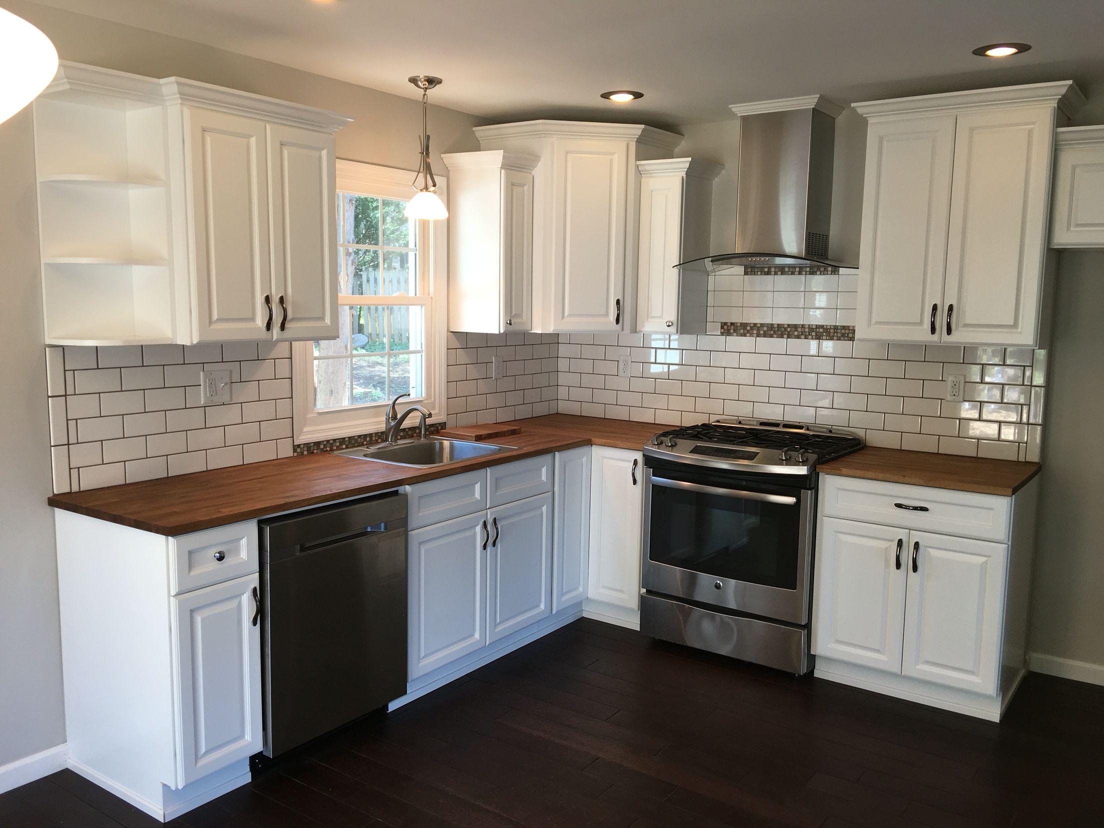 Best Fabuwood Hallmark Frost Cabinets Kitchen Ideas Design 400 x 300