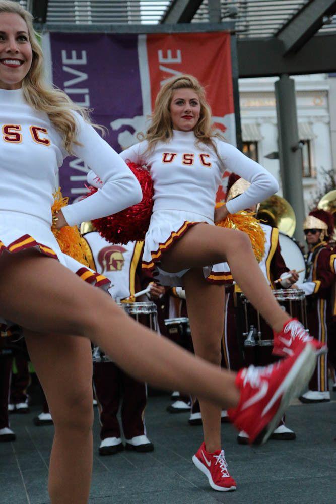 cheerleader-upskirt-art