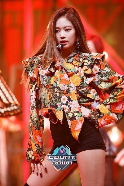 Jennie M Countdown Blackpink Jennie In 2019 Blackpink