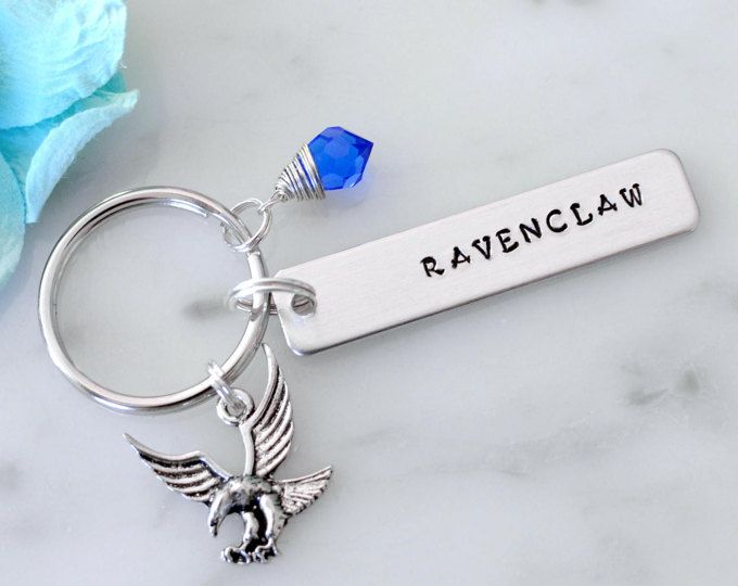 ✢ This Hufflepuff inspired keychain is a simple way to display your Harry Potter House pride! The yellow crystal and badger charms add that perfect finishing touch! Available in all 4 Houses, so it makes a perfect gift too!  To purchase a single Ravenclaw inspired keychain: https://www.etsy.com/listing/527060467/harry-potter-inspired-ravenclaw-house?ref=shop_home_active_1  To purchase a single Gryffindor inspired keychain: https://www.etsy.com/list...