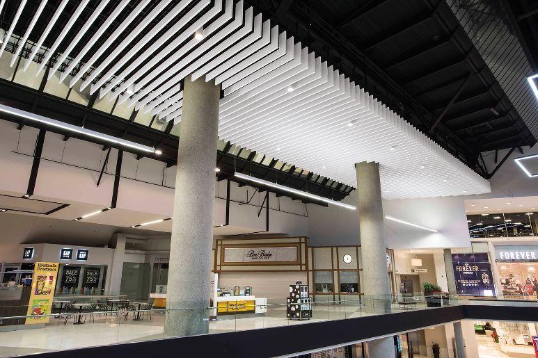 Santa Anita Mall Armstrong Ceiling Solutions Comercial
