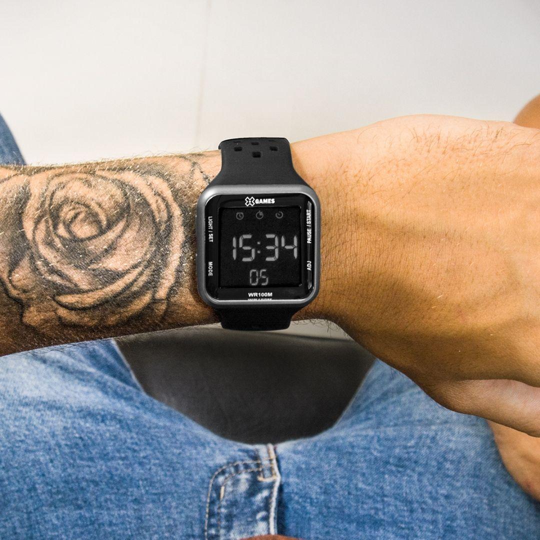 bc183217fd9 Com design remetendo ao renomado Apple Watch o X-Games XGPPD091PXPX é um  relógio discreto