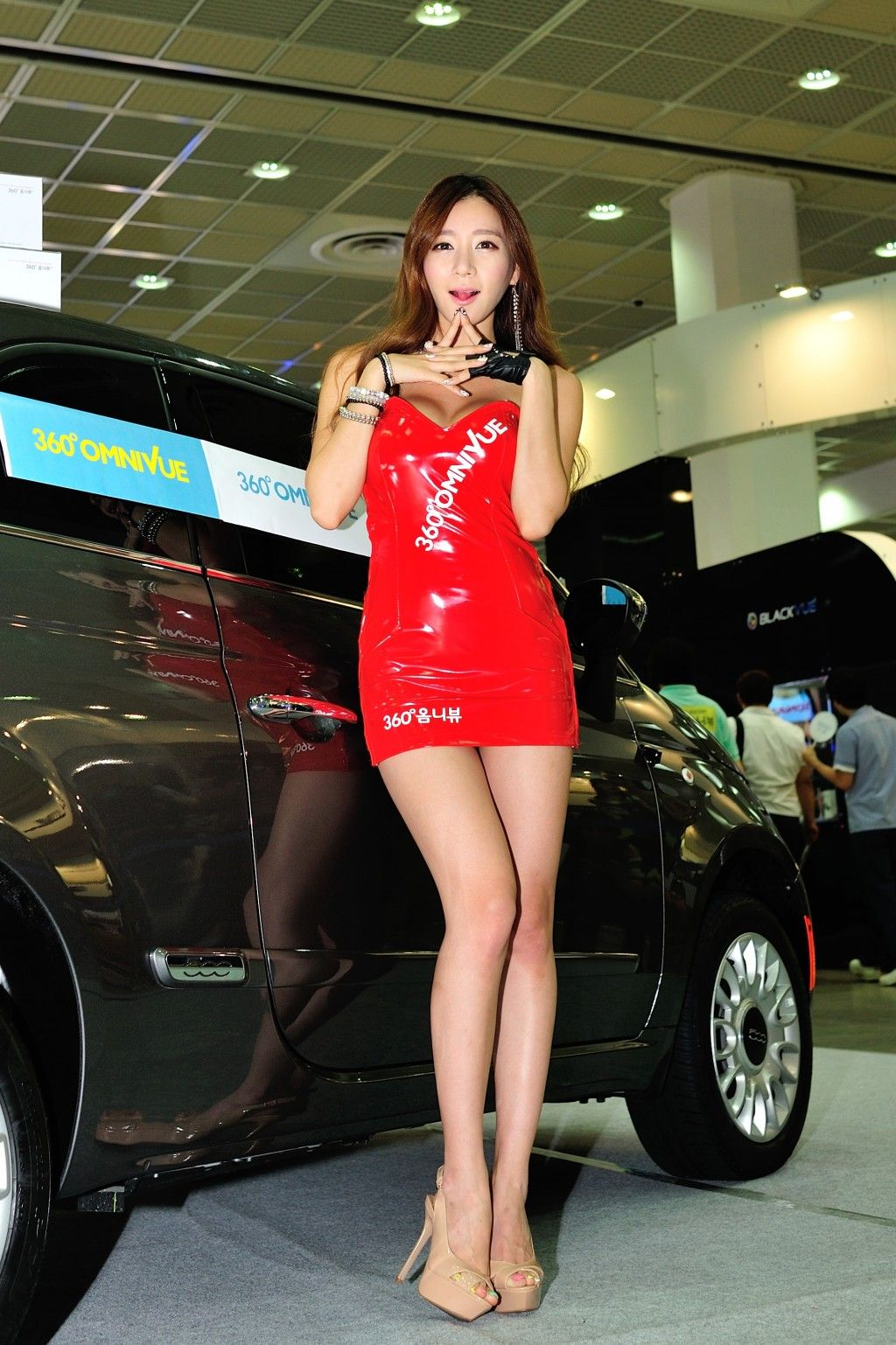 stack-porn-asian-car-show-models-flirting-swinger