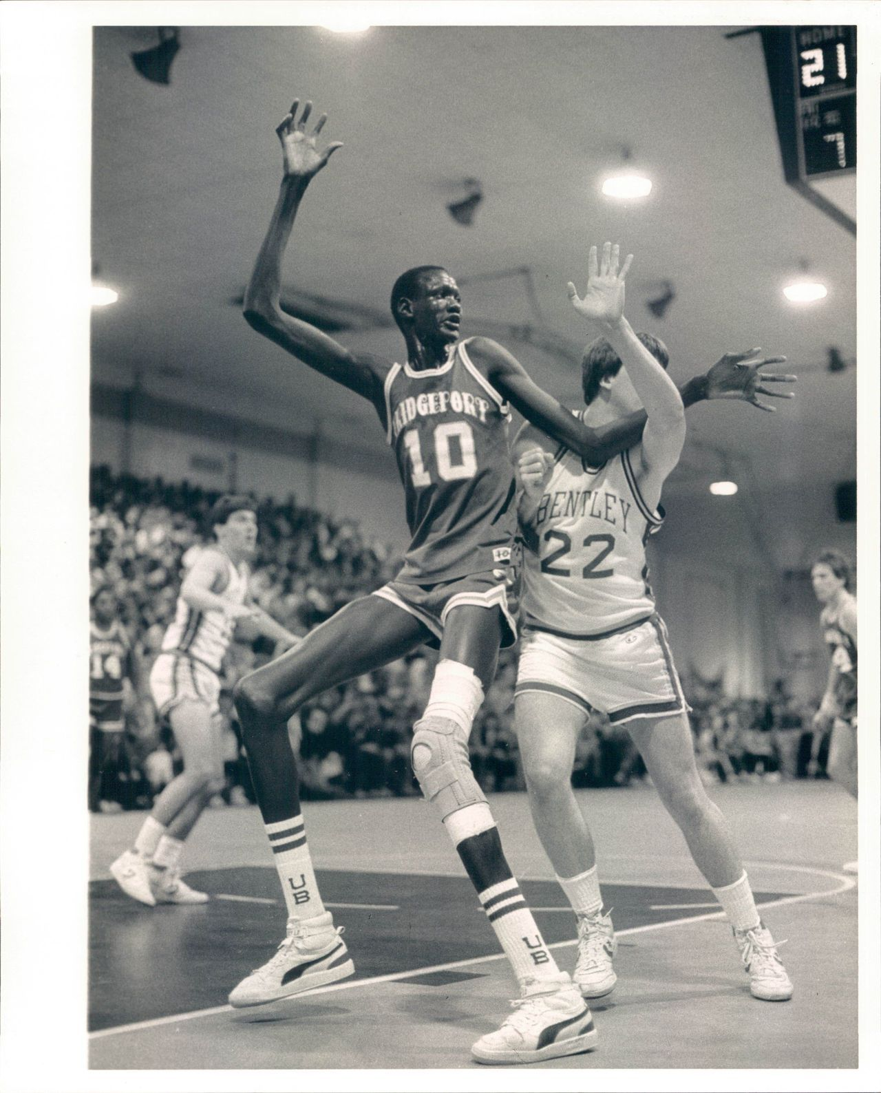 Sudanese born Manute Bol playing in high school He once killed a