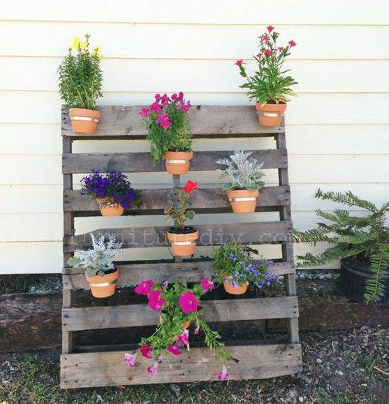 jardines verticales con palets para embellecer tu casa