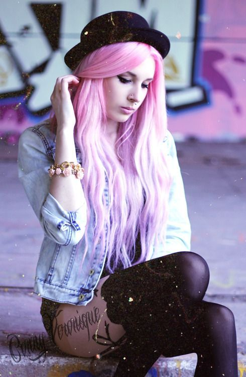 9 Fashion Tips To Pull Off Pastel Grunge | Purple Dye Pastel Grunge And Grunge Outfits