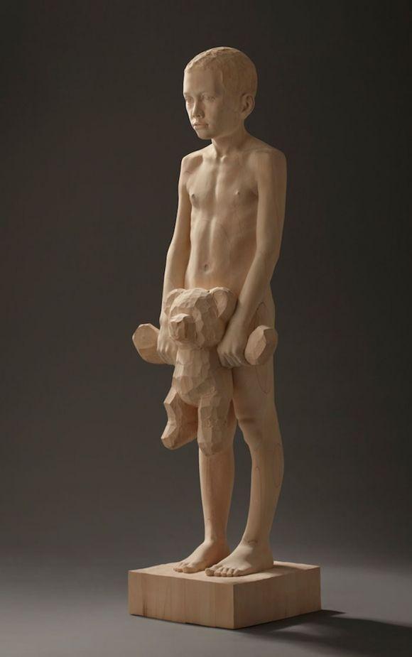 Mario Dilitz Wood Carvings Skulptur - die einzigartige anziehungskraft der modernen kunstskulptur