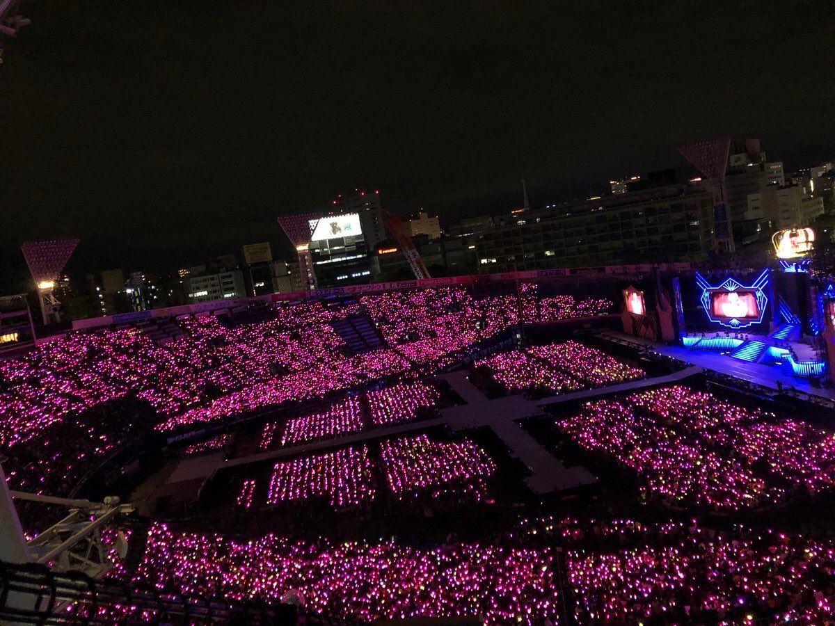 AKB48、集客数激減で様変わり。まるでストリップ劇場 YouTube動画>7本 ->画像>46枚