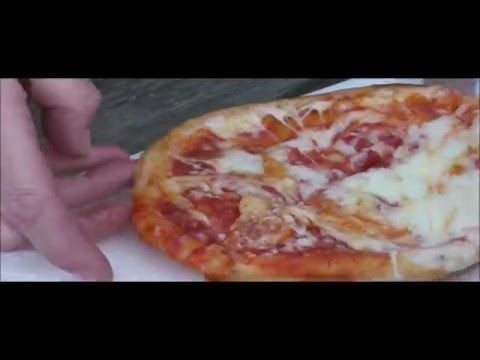 How To Cook A Chicago Town Deep Dish Pizza In The