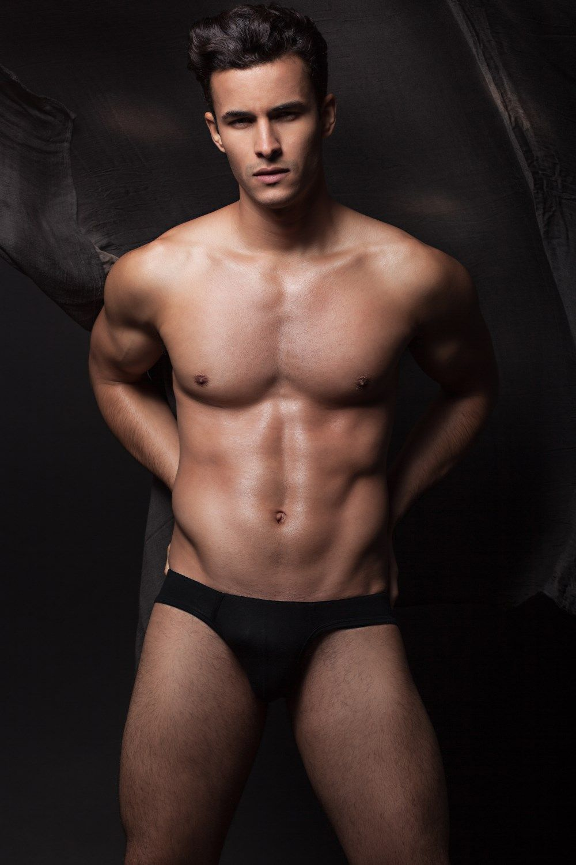 Gay model ade